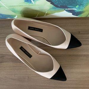 Zara Block Heel Shoes with Black Pointy Toe 39